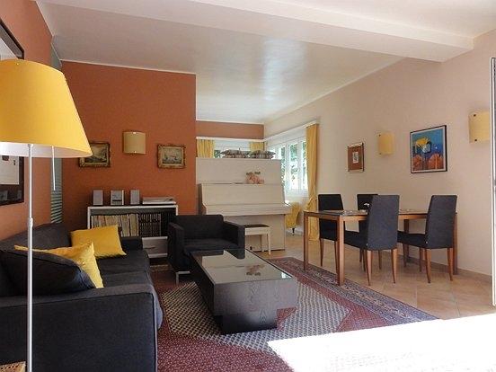 sonnige 2 zi stadtwohnung n chst neutor 2 zimmer denkstein immobilien ihre immobilie in. Black Bedroom Furniture Sets. Home Design Ideas