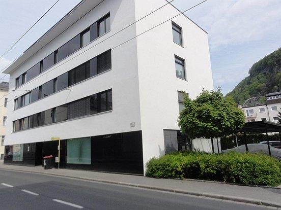 moderne 3 zi terrassenwohnung im andr viertel 3 zimmer denkstein immobilien ihre immobilie. Black Bedroom Furniture Sets. Home Design Ideas