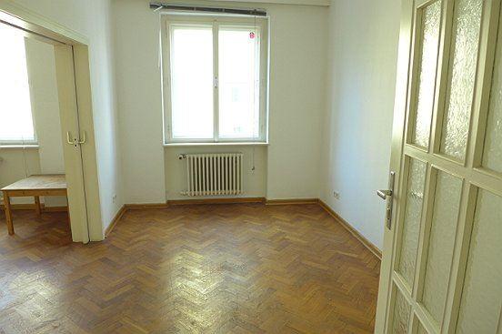 andr viertel 4 zimmer wohnung in guter lage n chst wifi salzburg stadt 4 zimmer denkstein. Black Bedroom Furniture Sets. Home Design Ideas