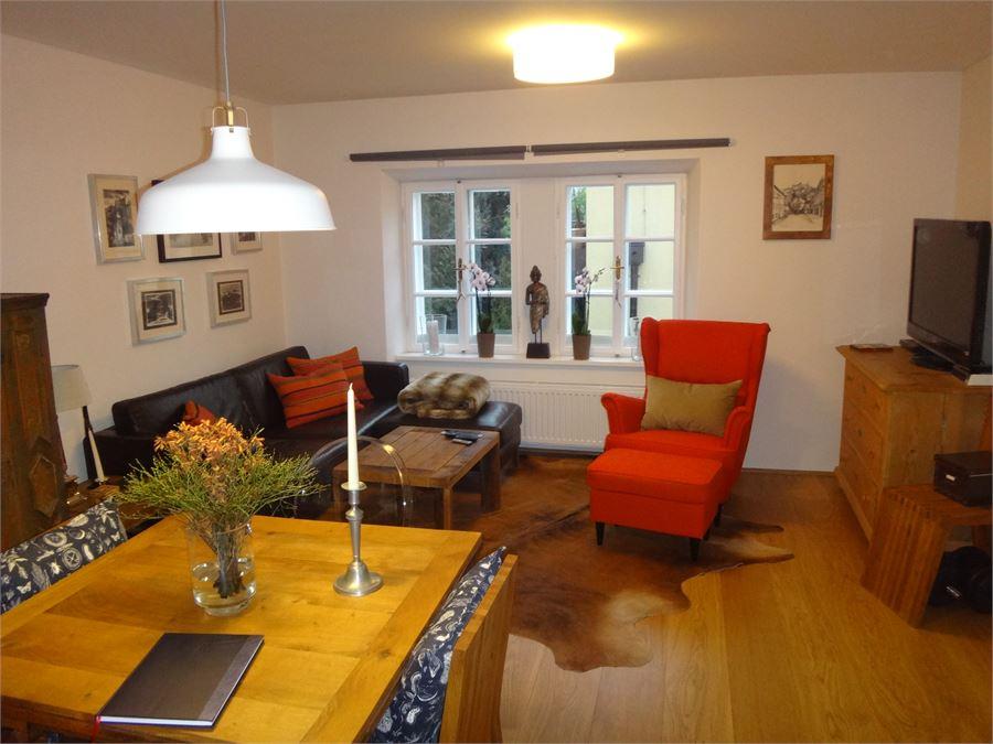 2 zimmer altstadt wohnung in nonntal salzburg. Black Bedroom Furniture Sets. Home Design Ideas