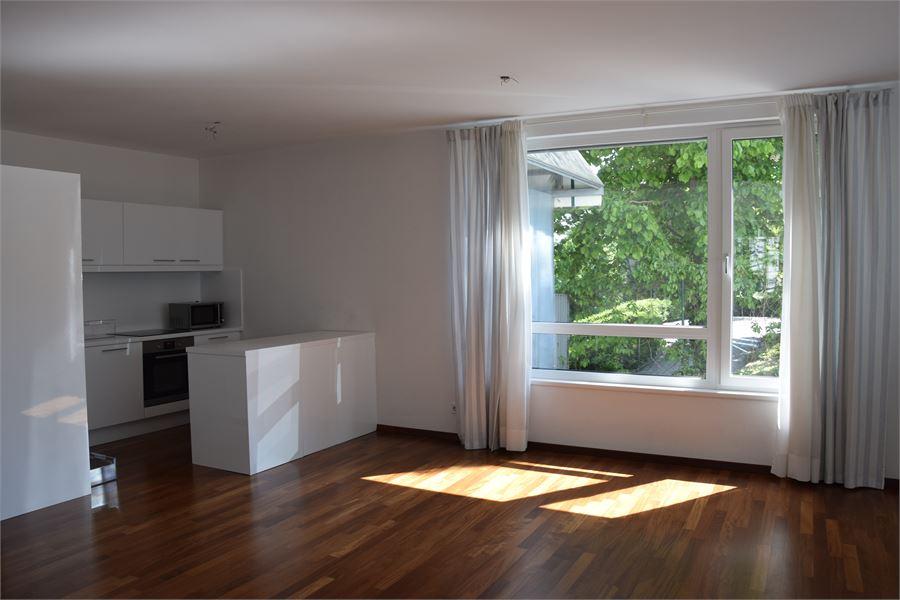 moderne 3 zimmer parterre wohnung mit terrasse und poolben tzung 19 bezirk wien mieten. Black Bedroom Furniture Sets. Home Design Ideas