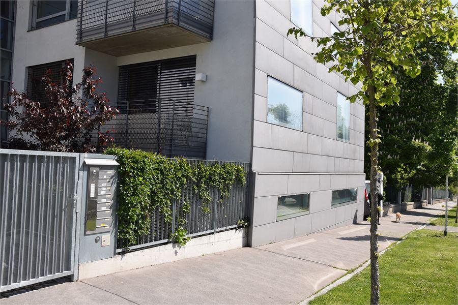 moderne 3 zimmer parterre wohnung mit terrasse und