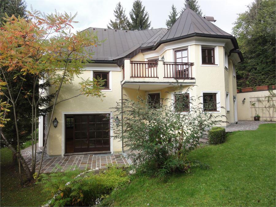 luxusvilla am gaisberg hang in parsch salzburg stadt. Black Bedroom Furniture Sets. Home Design Ideas